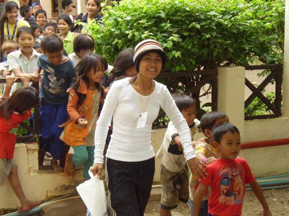 Enfants pris en charge dans le centre de l'association Pour un Sourire d'Enfant.