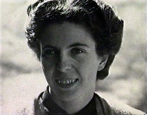 Maiti Girtanner, jeune musicienne catholique Suisse vivant en France pendant la 2e guerre mondiale, elle risqua sa vie de nombreuses fois pour faire passer des Juifs en Suisse. Elle pardonna au bourreau nazi qui l'avait rendue invalide par la torture, et accepta de l'aider de nombreuses années plus tard.