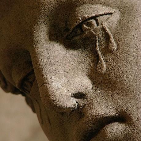 Marie-Madeleine pleurant