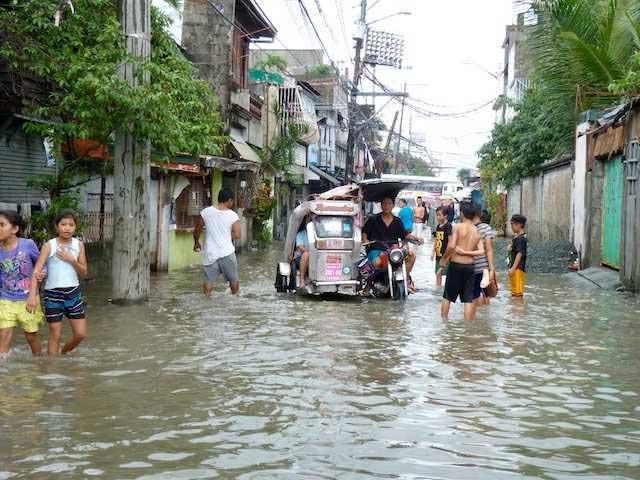 Dans une rue du quartier du Point-Cœur de Manille, il y a trois semaines.