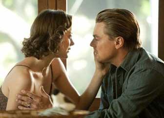 Cobb avec la projection de son épouse, dans Inception de Christopher Nolan