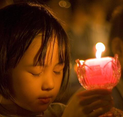 Petite fille en prière