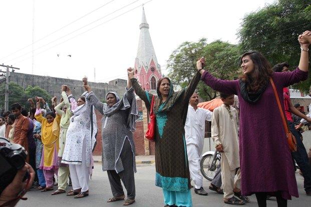 Pakistan : de nombreux musulmans se sont mobilisés contre les persécutions anti-chrétiennes, le 6 octobre 2013