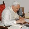 Benoît XVI, le pape professeur et théologien